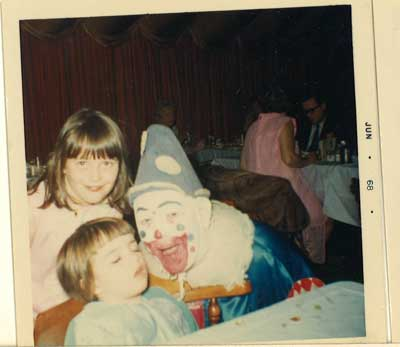 clown-debbie-me-crashed-out-1968